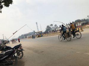 ネパールガンジ 国境